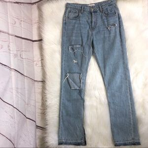 Zara ripped mom jeans size 6